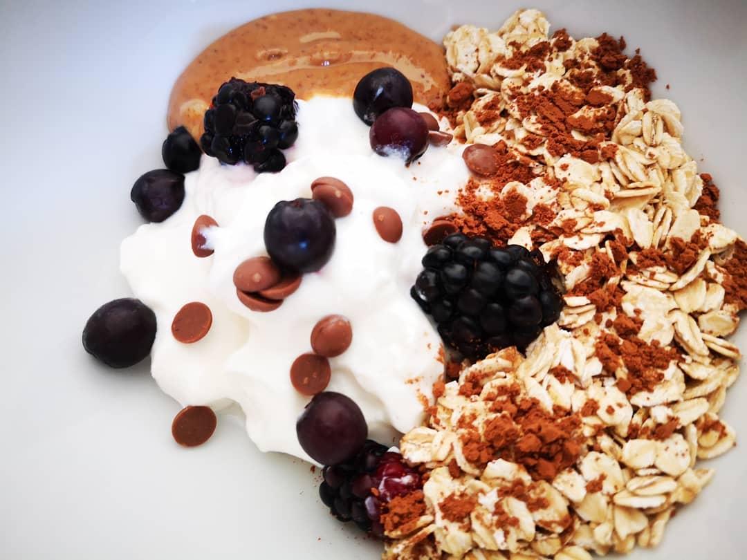 Healthy energy bowl;
